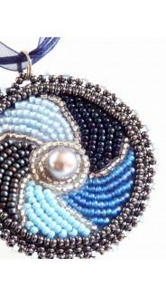 Örvény nyaklánc, kék mix