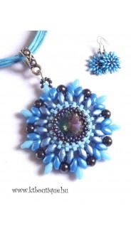 Fonott kosár nyaklánc, kék mix